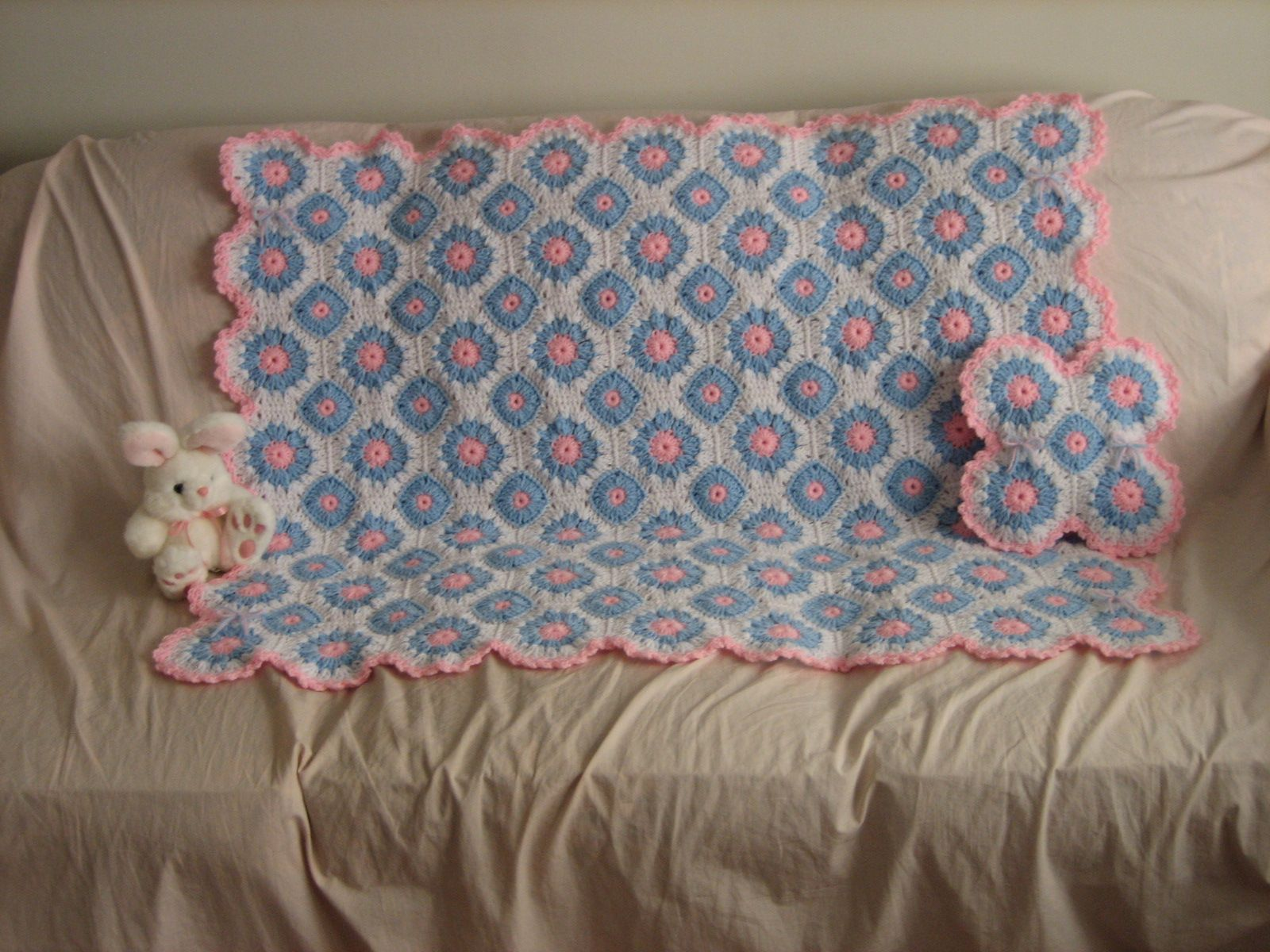 Lacy Crochet Afghan and Pillow Set | Crocheted afghans, Afghans and ...