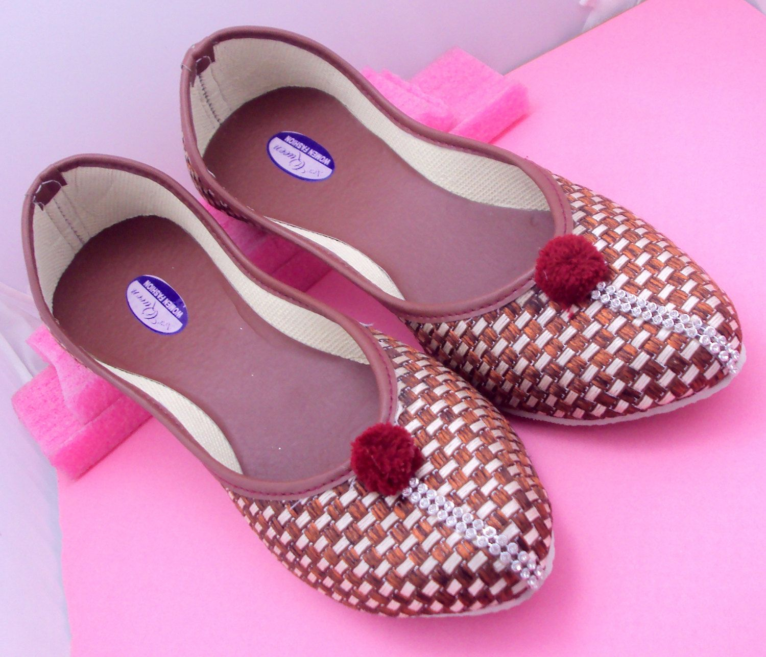Khussa Multani feet wear collection for ladies