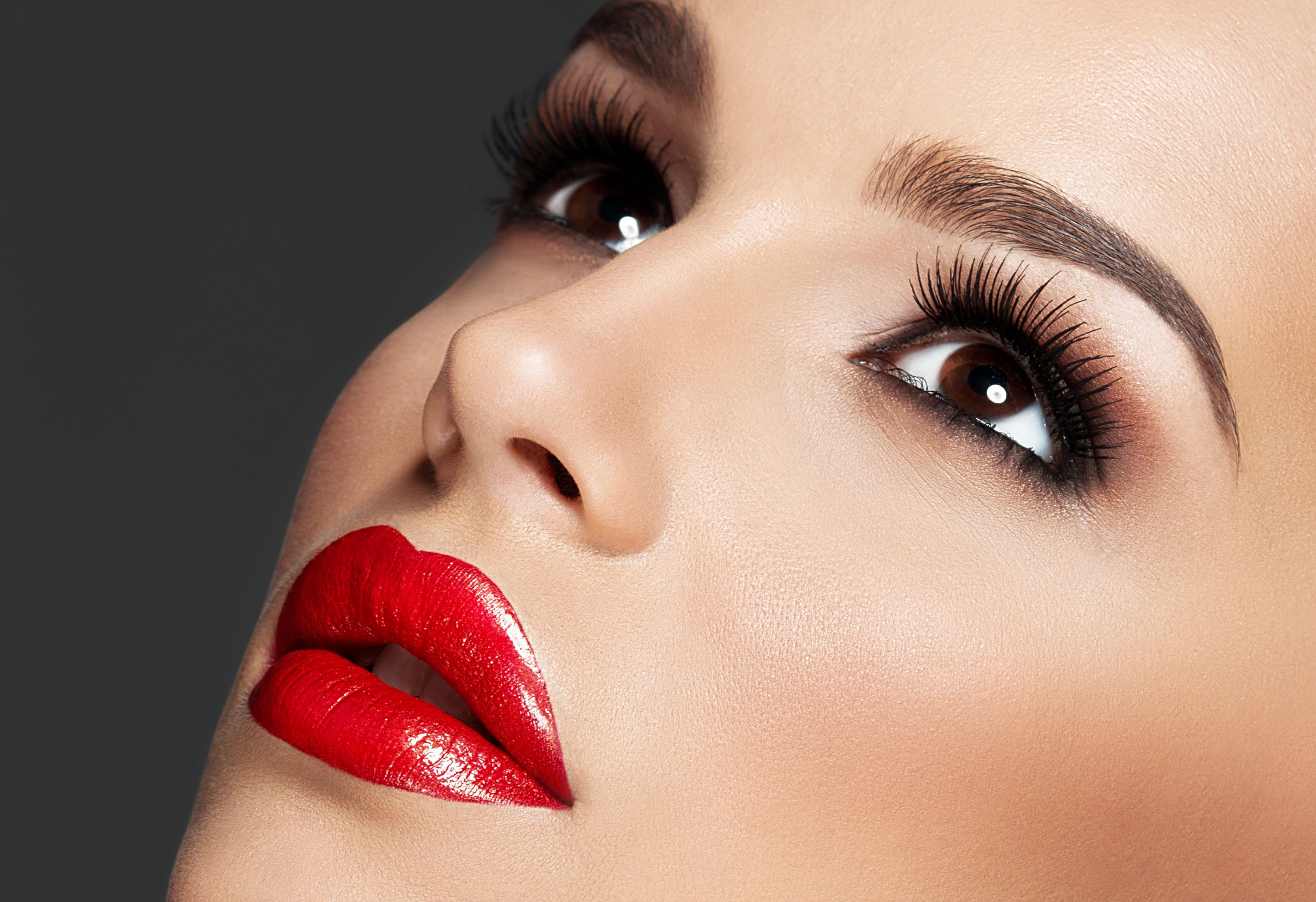 Lip fillers could make women could go blind, suffer a