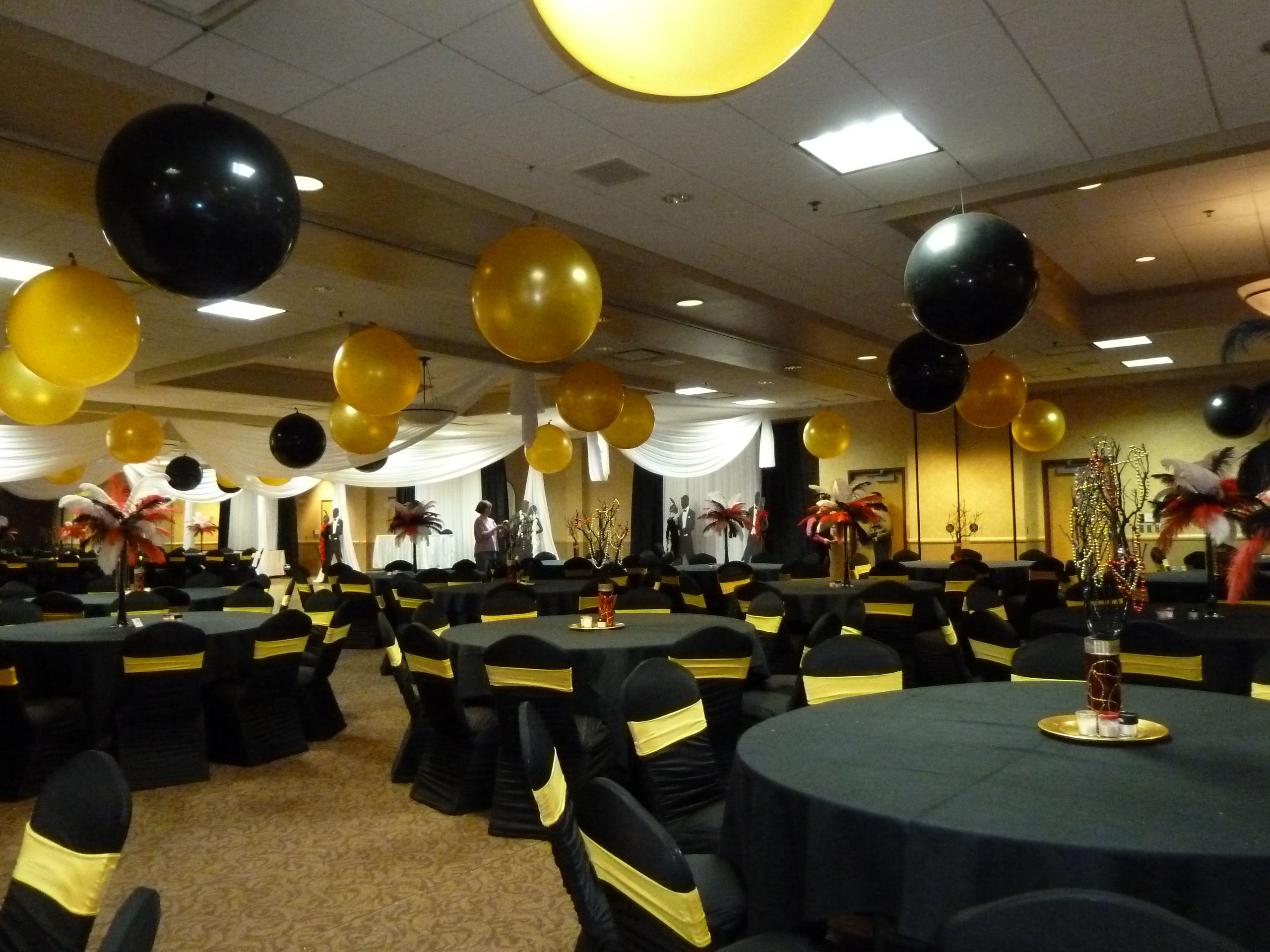 Ceiling Decor Black Gold Balloons The Great Gatsby Ceiling