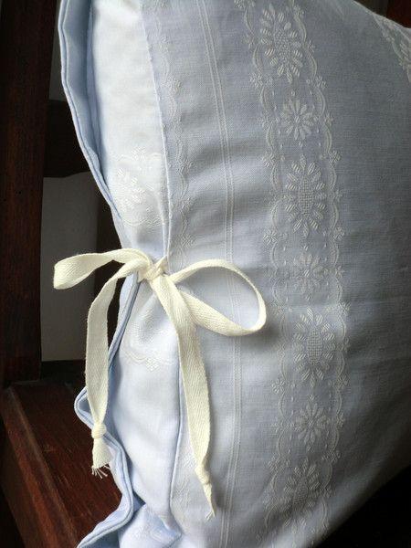 Kissenbezug -Damast- von White Roses auf DaWanda.com