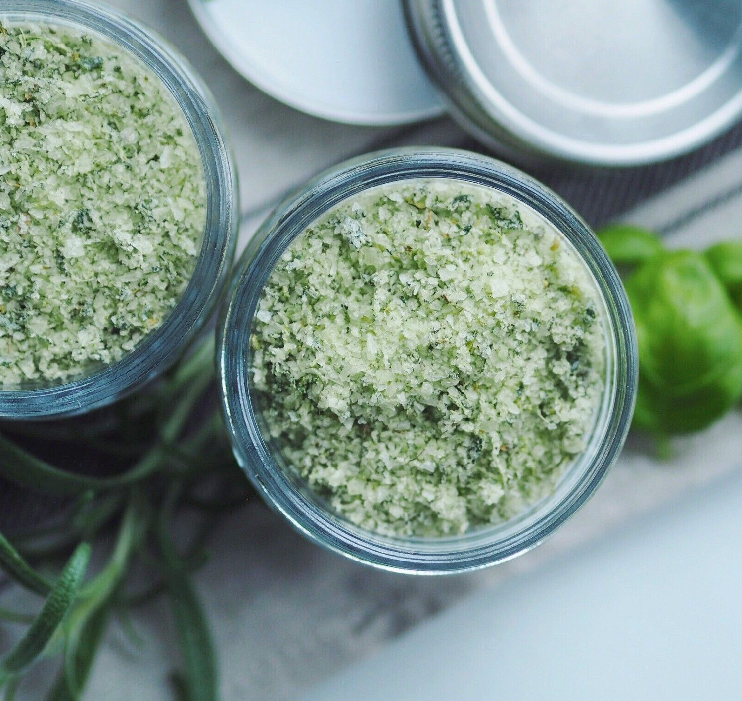 Homemade herb salt – perfect for gifting! | A Million Miles