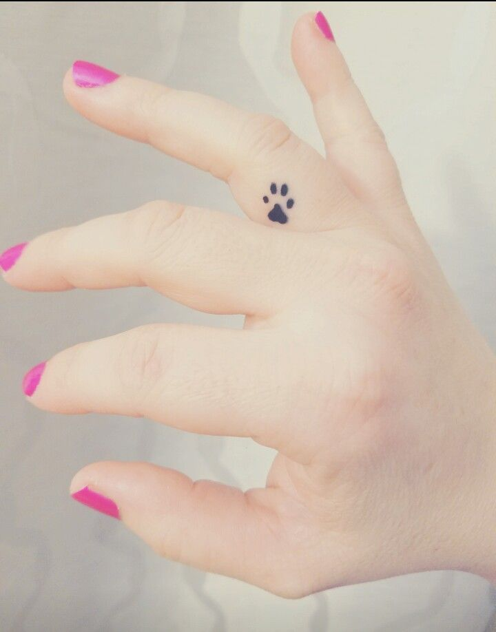 Adorable inner paw print tattoo * swoon * #ducking #inner #pawprint tattoo #swoon