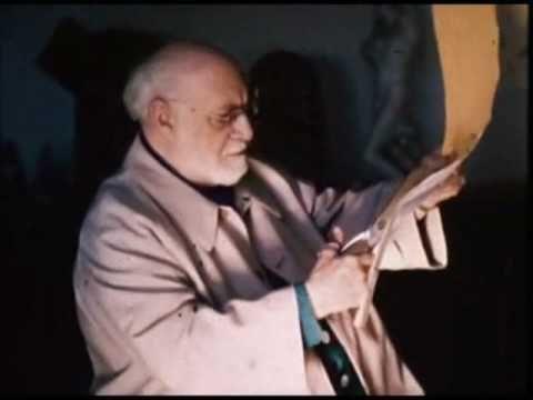 Video clip of Matisse and his scissors :)