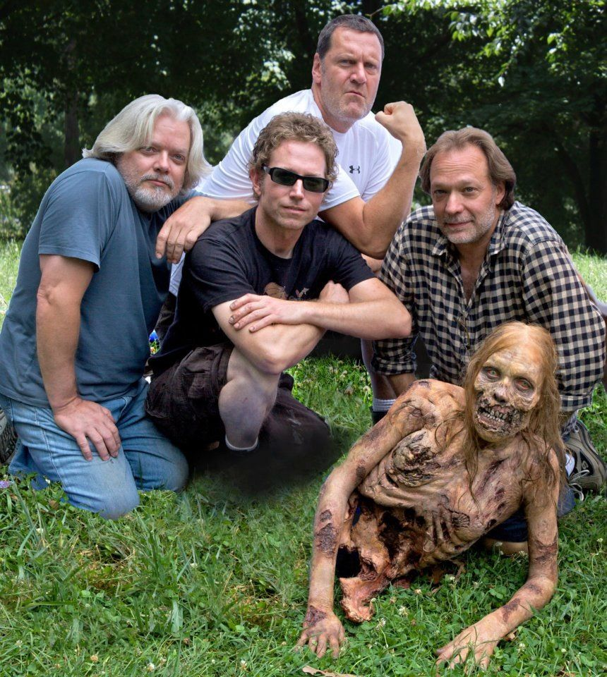 Greg Nicotero and his crew on set of TWD. (Its amazing how they can just take out her legs like that...although the guy in the middle did lose his foot in the process :o))