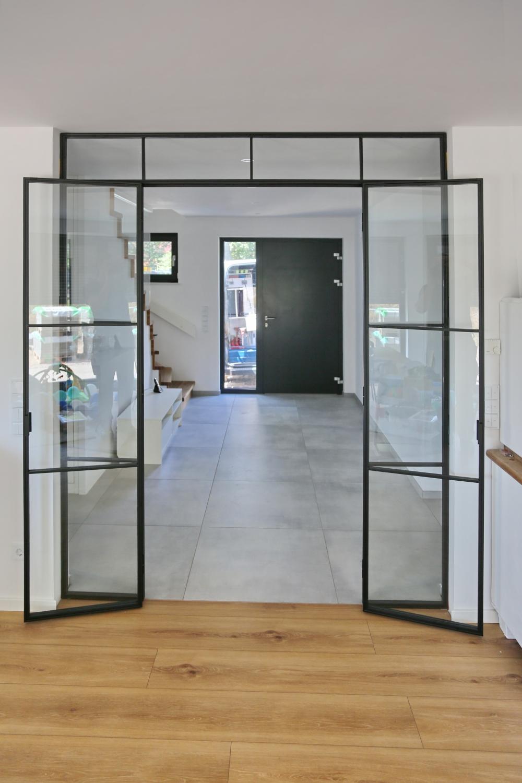 Doppeltür im Bauhausstil