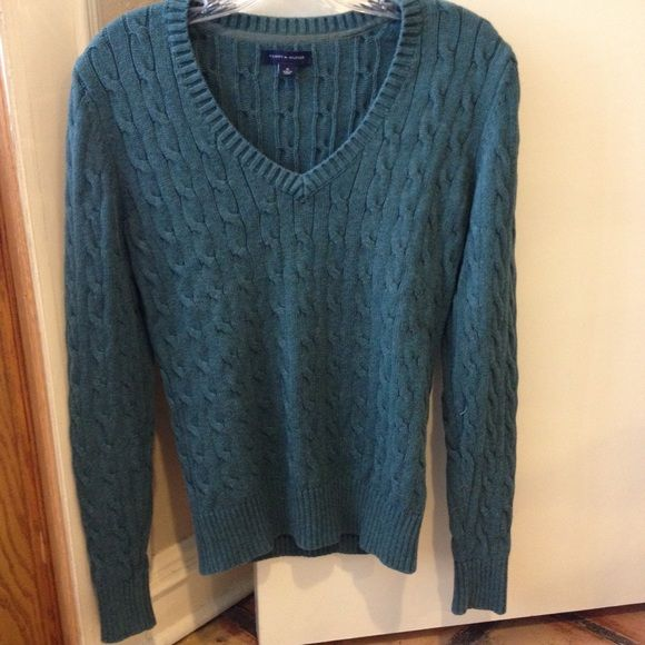 Tommy Hilfiger teal cable knit sweater Fabulous condition Tommy Hilfiger Sweaters V-Necks