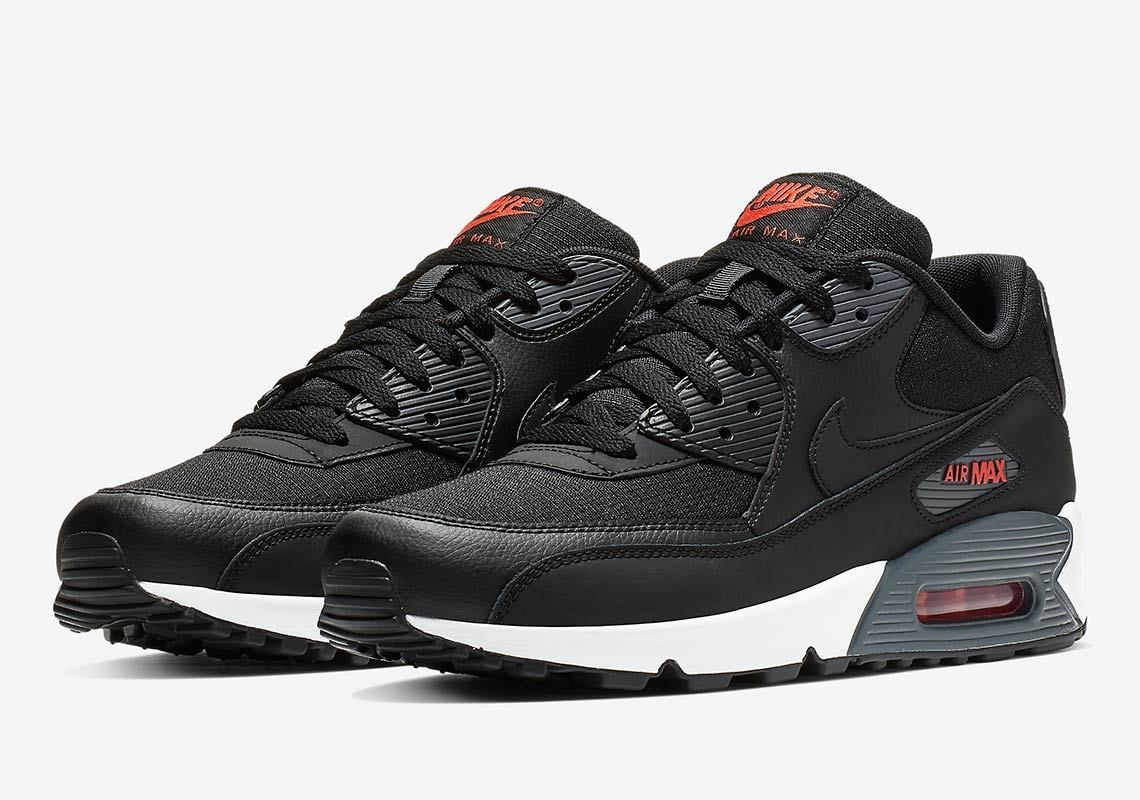 newest df0ff c7b0d Men s Nike Air Max 90 Essential Casual Shoes Black Black Amarillo BQ4685  001 820652086449   eBay