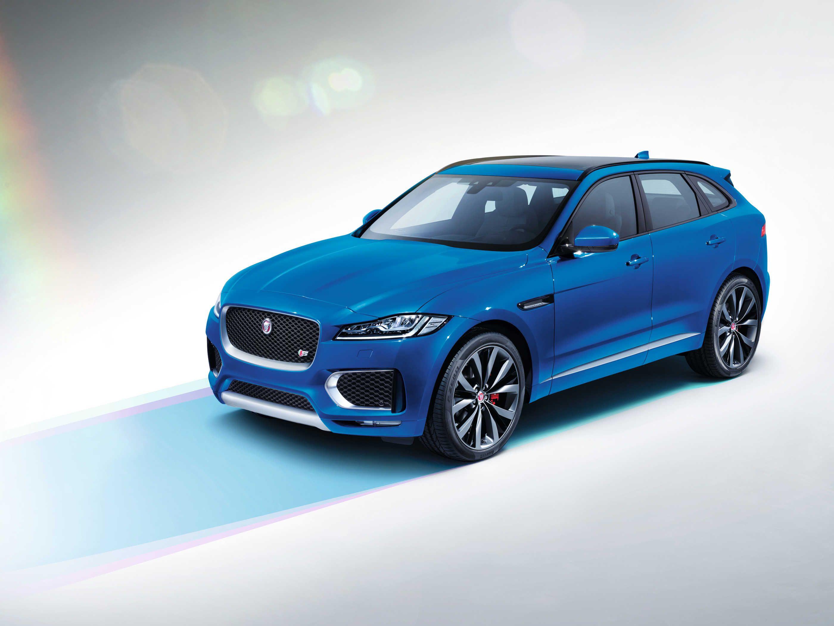 Fully revealed, the new Jaguar FPace Jaguar, New jaguar
