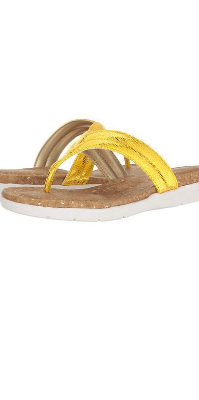 b08dac41d4bb 8 Flip-Flops With Arch Support You ll Want to Wear All Summer ...