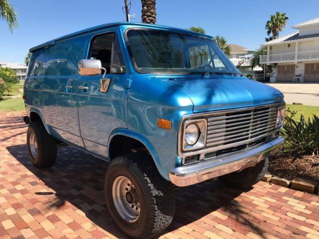 9632ac475b3343 1977 Chevrolet G10 Shorty Pathfinder 4x4 custom Old School Van    NICE     for sale  photos