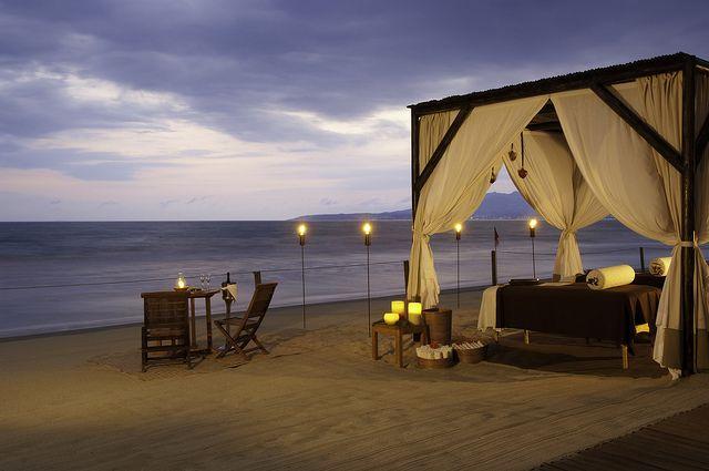 Hermosa Cabaña En La Playa Para Disfrutar De Atardeceres únicos Imagen Desde