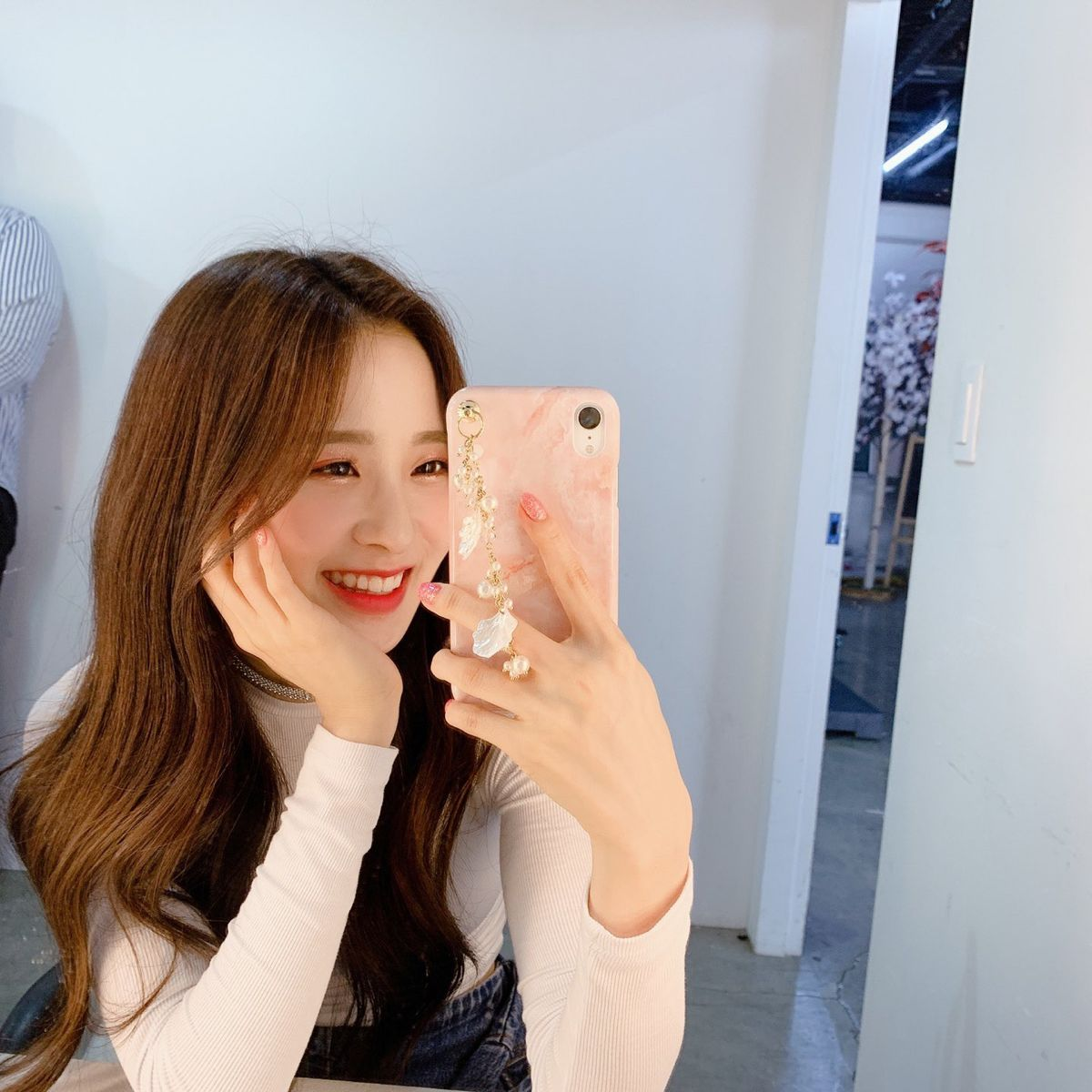 Jian Lunarsolar Kpop Girl Groups Mirror Selfie Girl