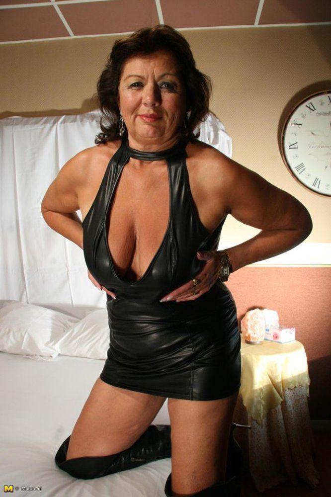 Looking good in pantyhose