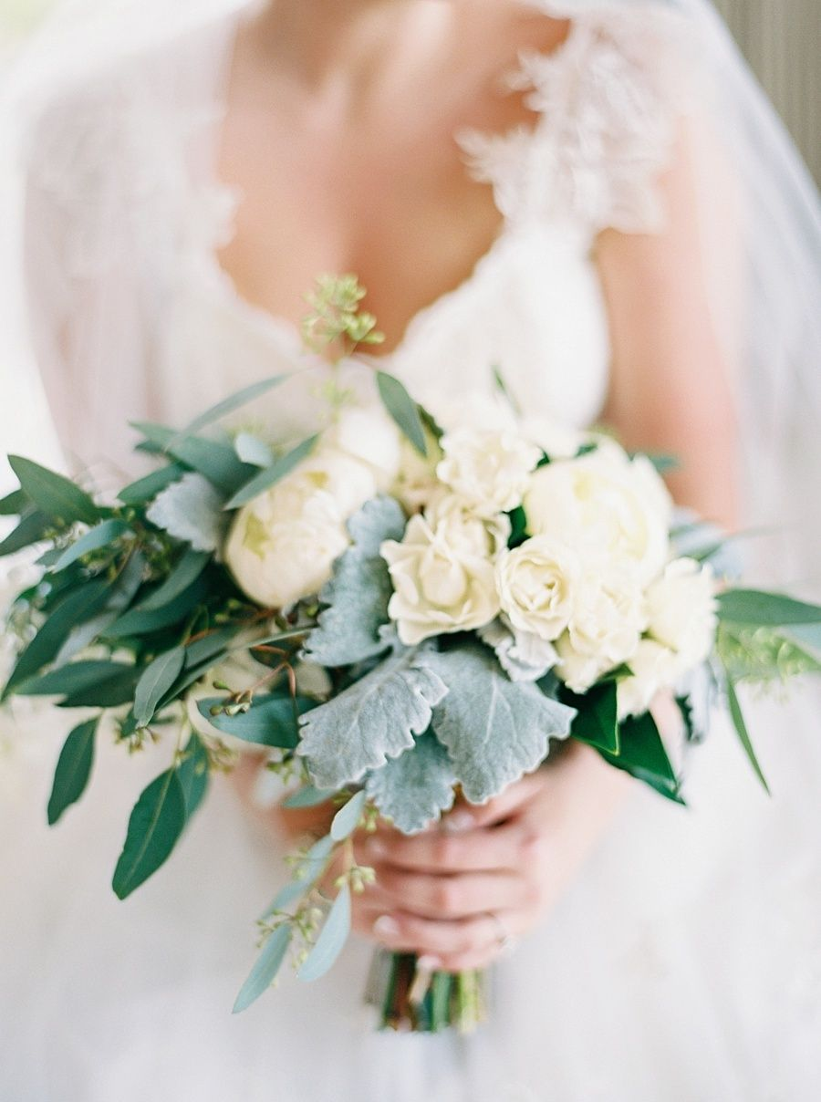 Organic White Wedding Bouquet Photography Rach Loves Troy Read More On Smp Http