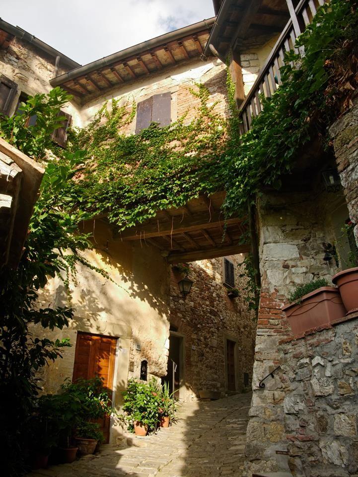 Costello di Montefioralle, Greve in Chianti, Tuscany.