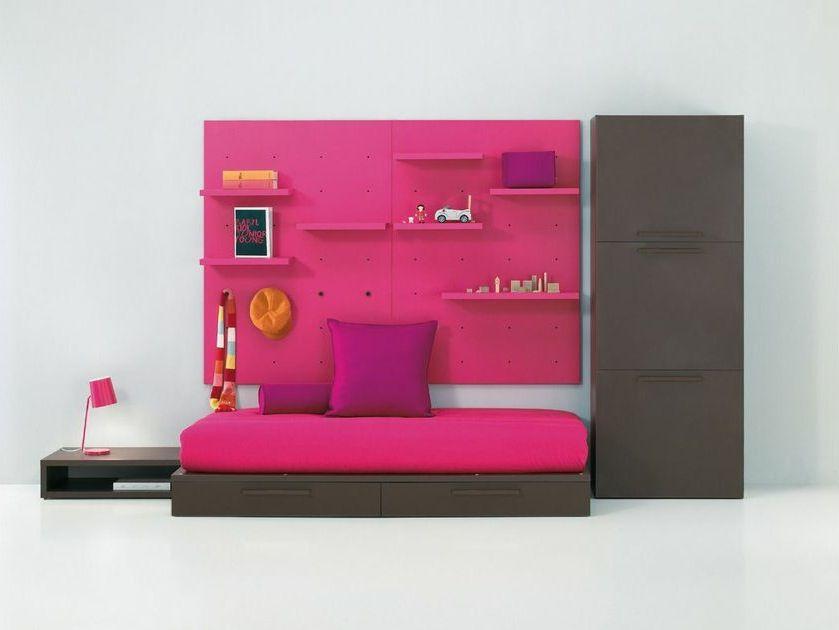Ahora tienes los dormitorios juveniles de plural singular for Tiendas de muebles en tarragona