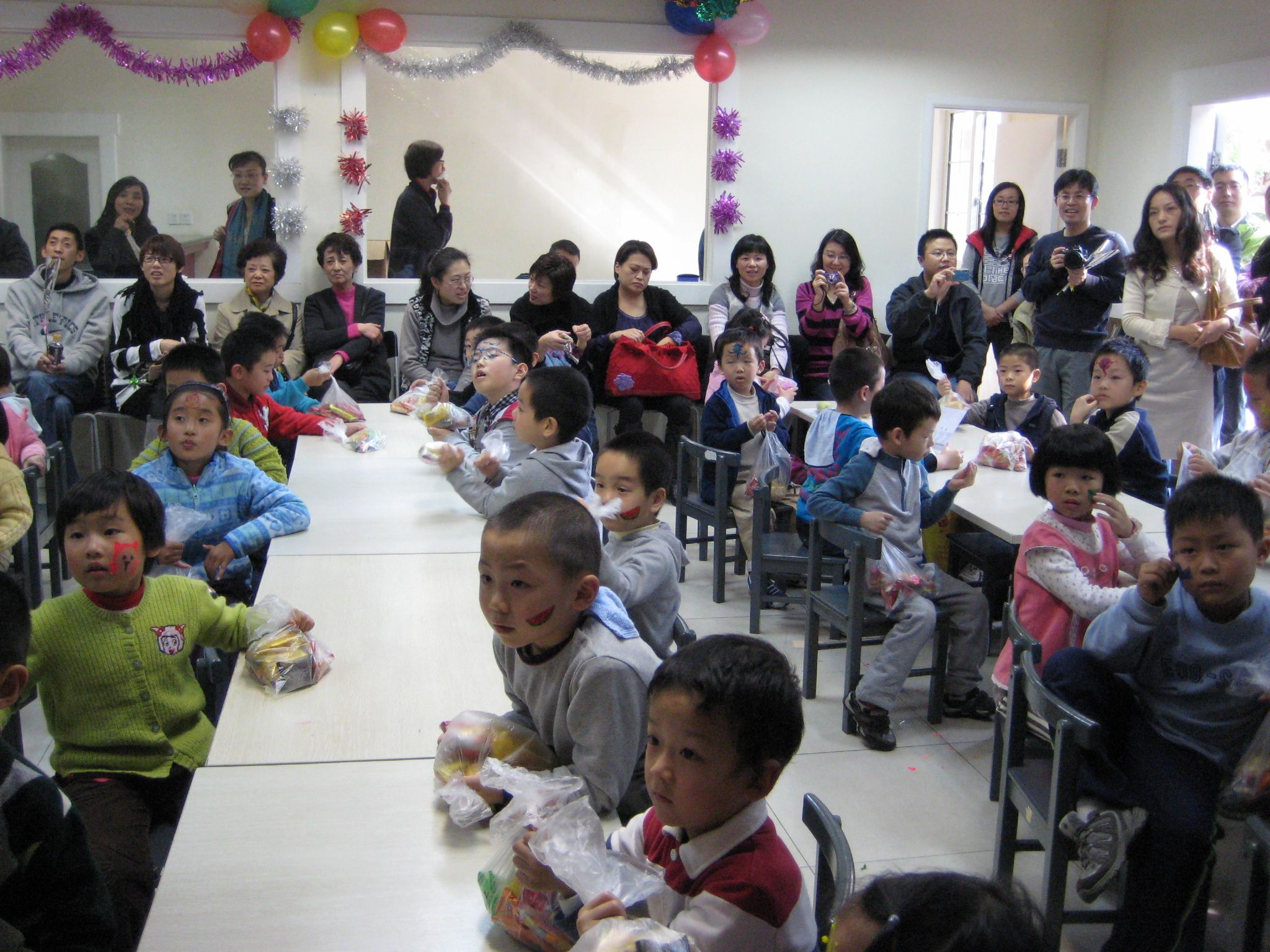 Shanghai Elementary students and parents discovering Thanksgiving!