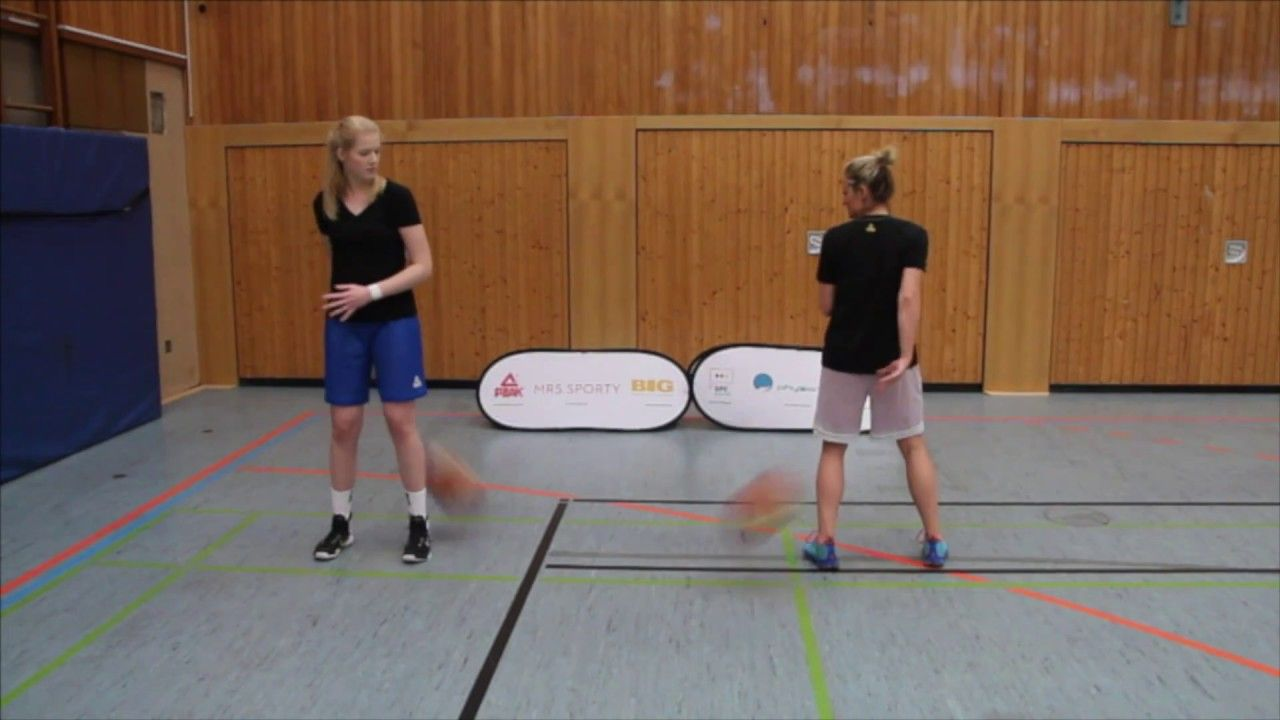Top 10 Basketball Passing Drills For Kids And Youth Teams Basketball Workouts Basketball Drills For Kids Basketball Games For Kids