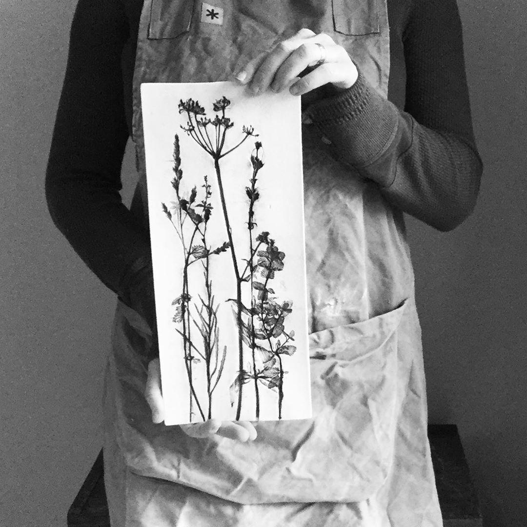 I am so thankful I have have had so many enquiries to buy pieces as Xmas gifts a... #artandgarden #botanicalartist #botanicalceramics #botanicallyinspired #botanicalpickmeup #britishmaker #ceramic_botanist