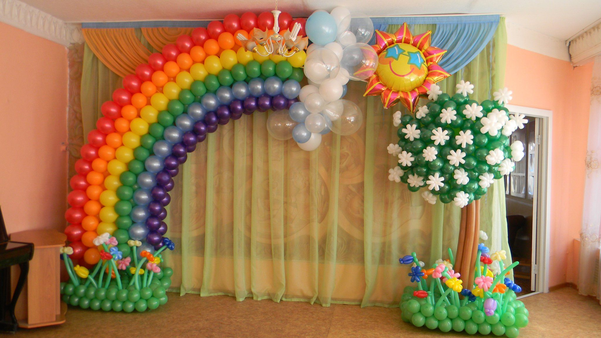 19 best examples of balloon decorations arch decoration for Arch balloon decoration