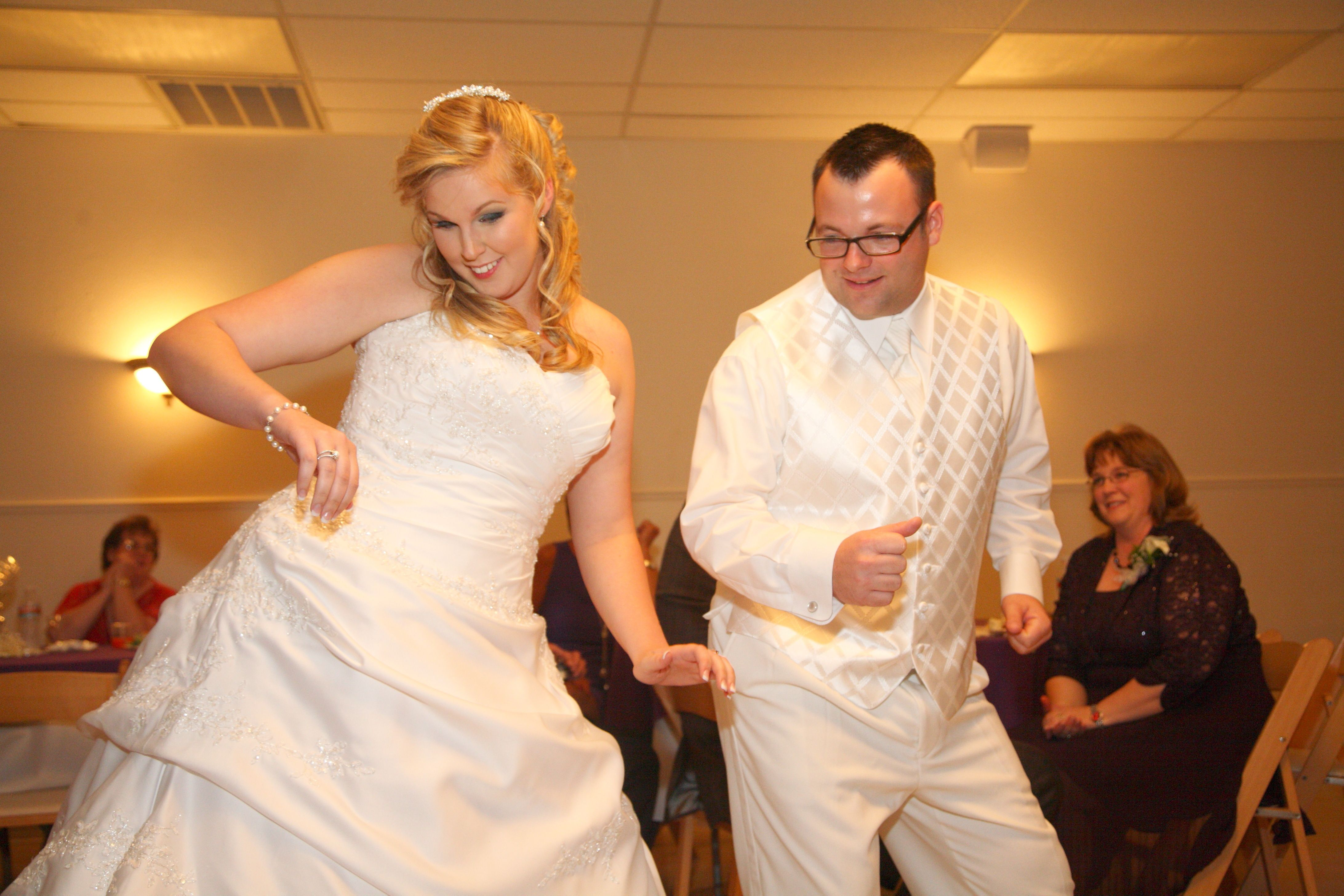 This couple's #firstdance was everything from disco to wobble.  The guests loved it!