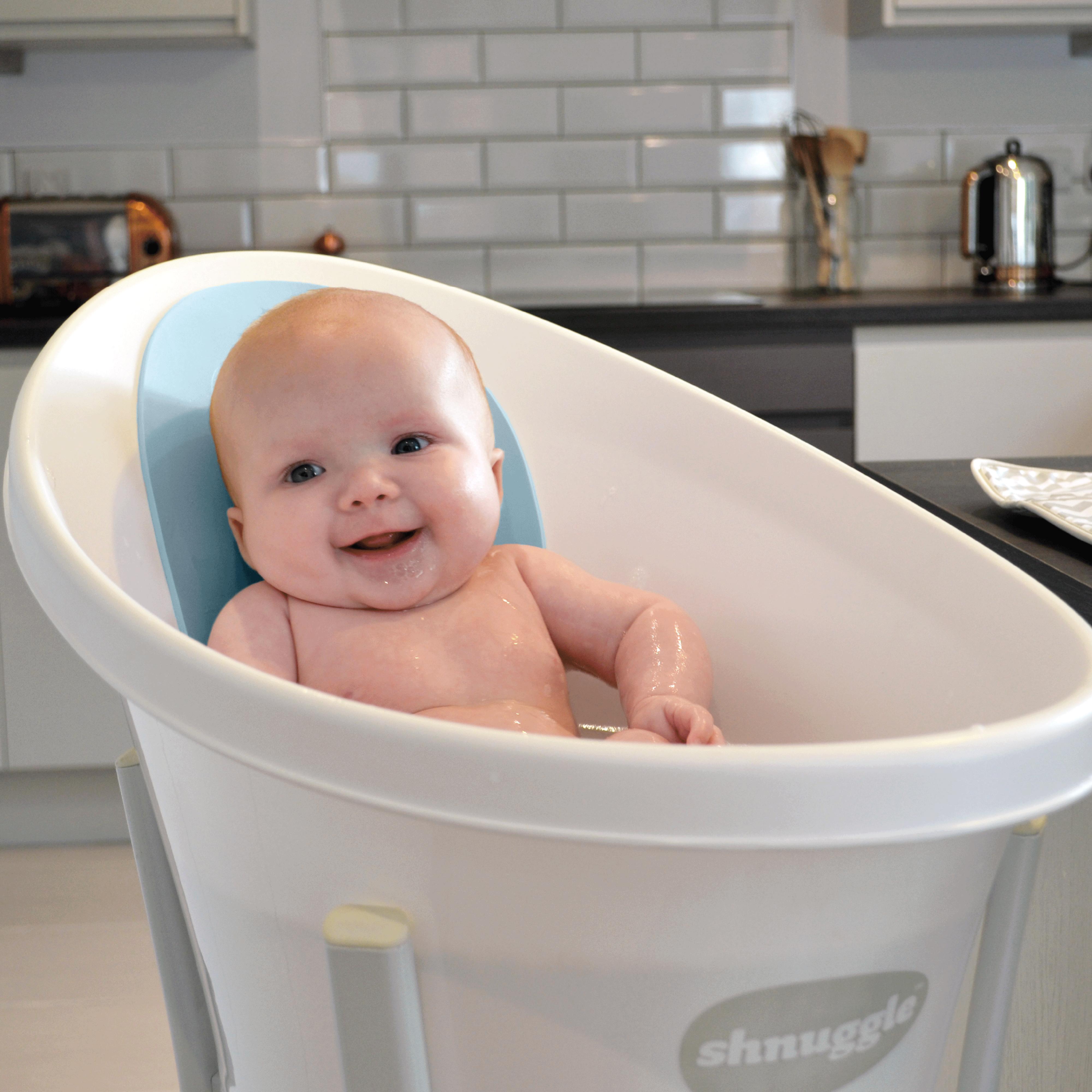 Baby in Blue Shnuggle Bath   Shnuggle - Bathtime Collection ...