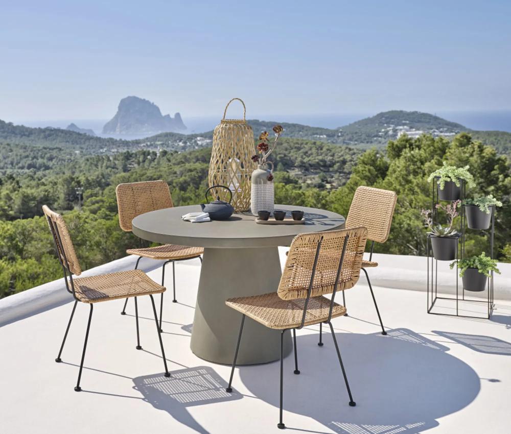 Tavoli Da Giardino In Cemento.Tavolo Da Giardino Rotondo In Cemento 5 6 Persone 120 Cm In 2020