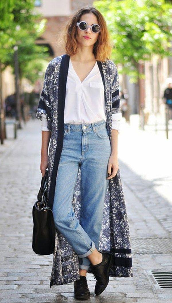Street style look com maxi kimono. Moda Inverno 2017 Feminina f9a77005940d