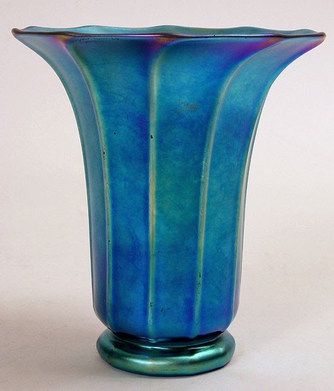 Valuable Art Glass Vases The Aurene Range Was Steuben Major Output