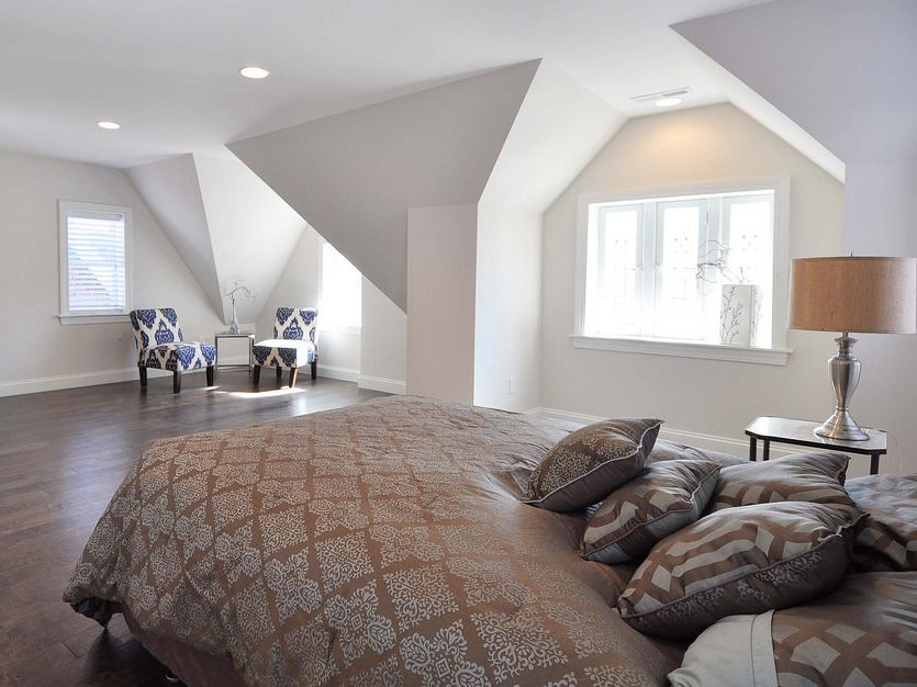 Love The Architectural Features In This Space Flooring