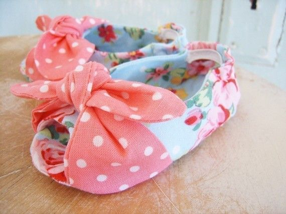 Baby Shoe Pattern. Open Toe Knotted Baby Shoe Pattern. Size newborn ...