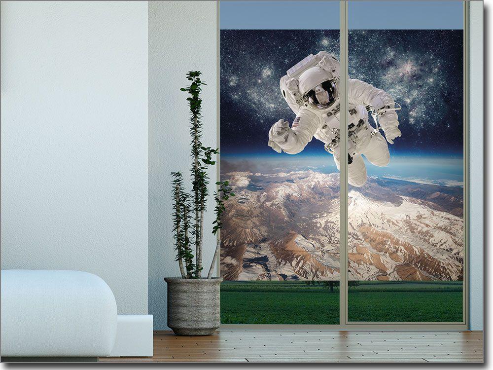 Glasbild mit Astronaut als Sichtschutz Fotofolien mit Motiven - glasbilder für badezimmer