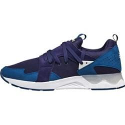 Photo of Reduced men's sports shoes