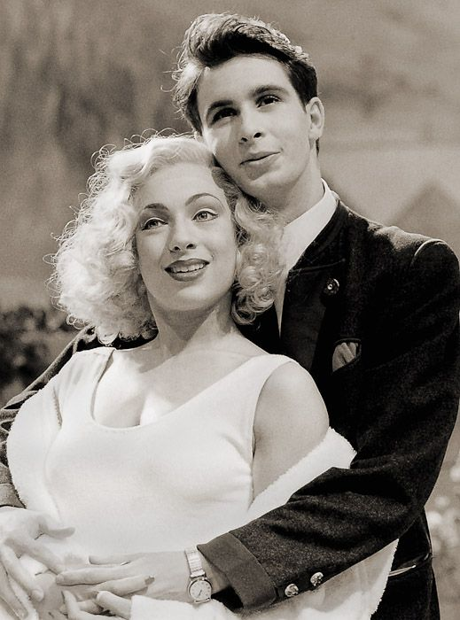 """Alex Kingston (as Diana Lake) and Grant Thatcher (as Hon. Alan Howard) in """"French Without Tears"""" by Terence Rattigan, directed by Simon Usher, Leicester Haymarket Theatre, 1988"""