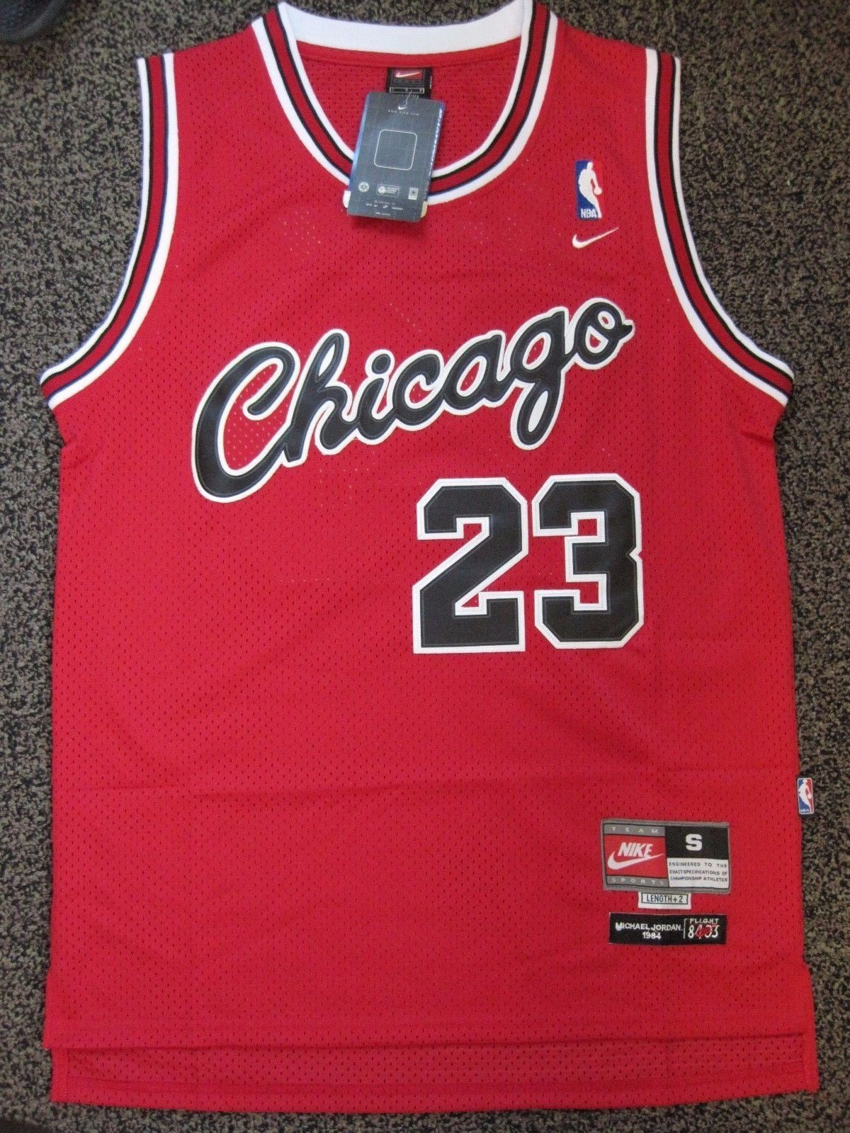 on sale 3ccf0 49e54 chicago bulls old school jersey