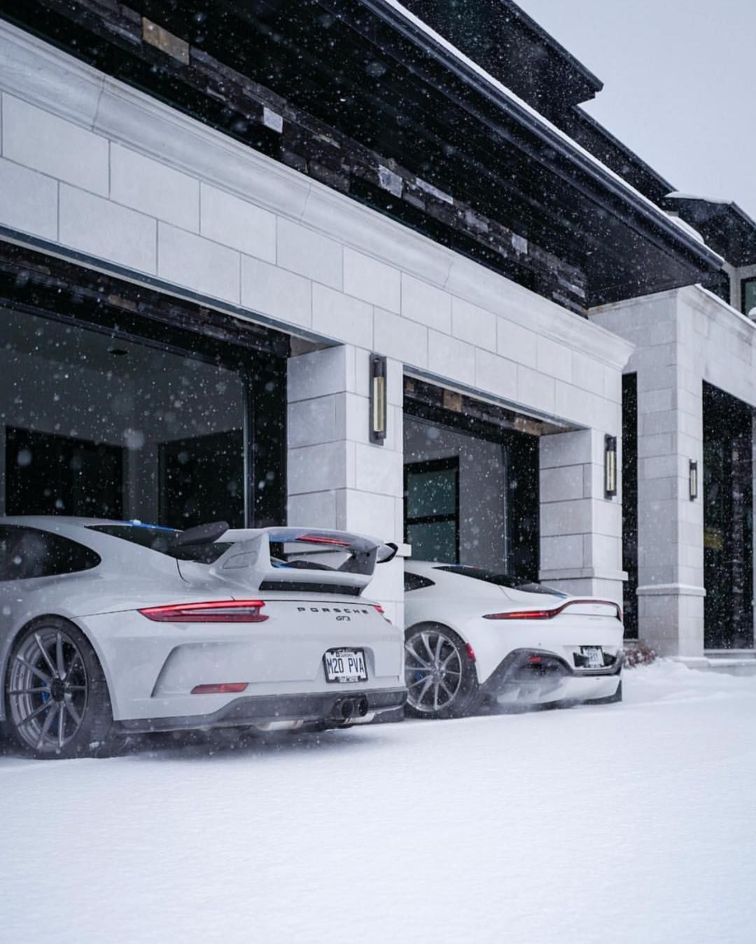 The Snow Battle Porsche Gt3 Vs Aston Martin Vantage Follow