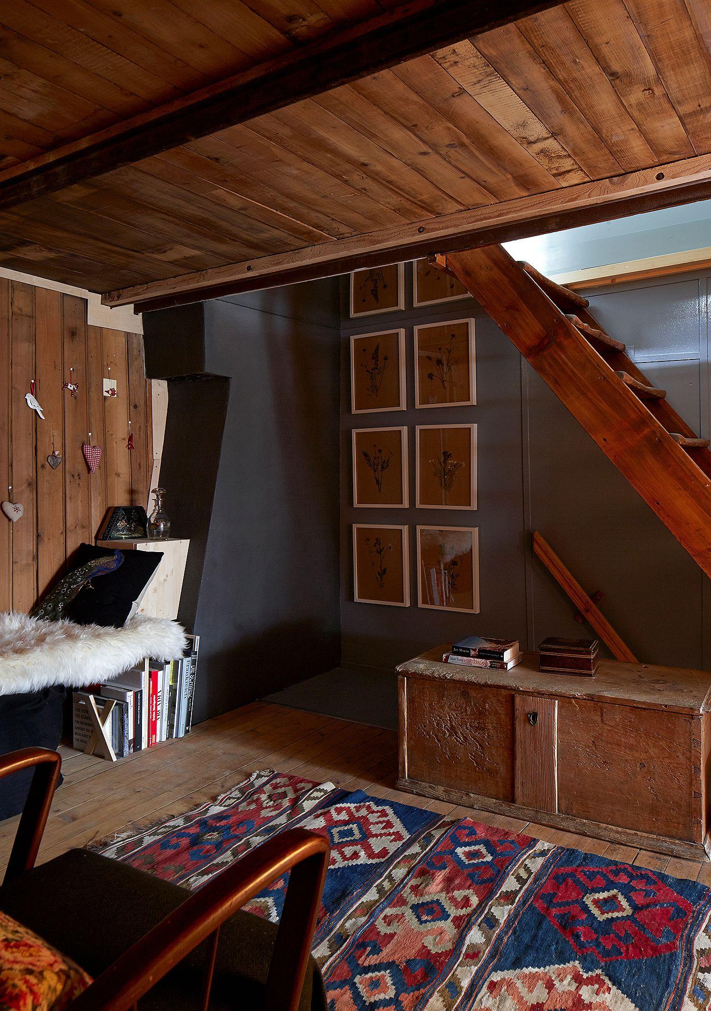 Halbhaus: 17th Century Modest Alpine Chalet Makeover   wallpaints.info