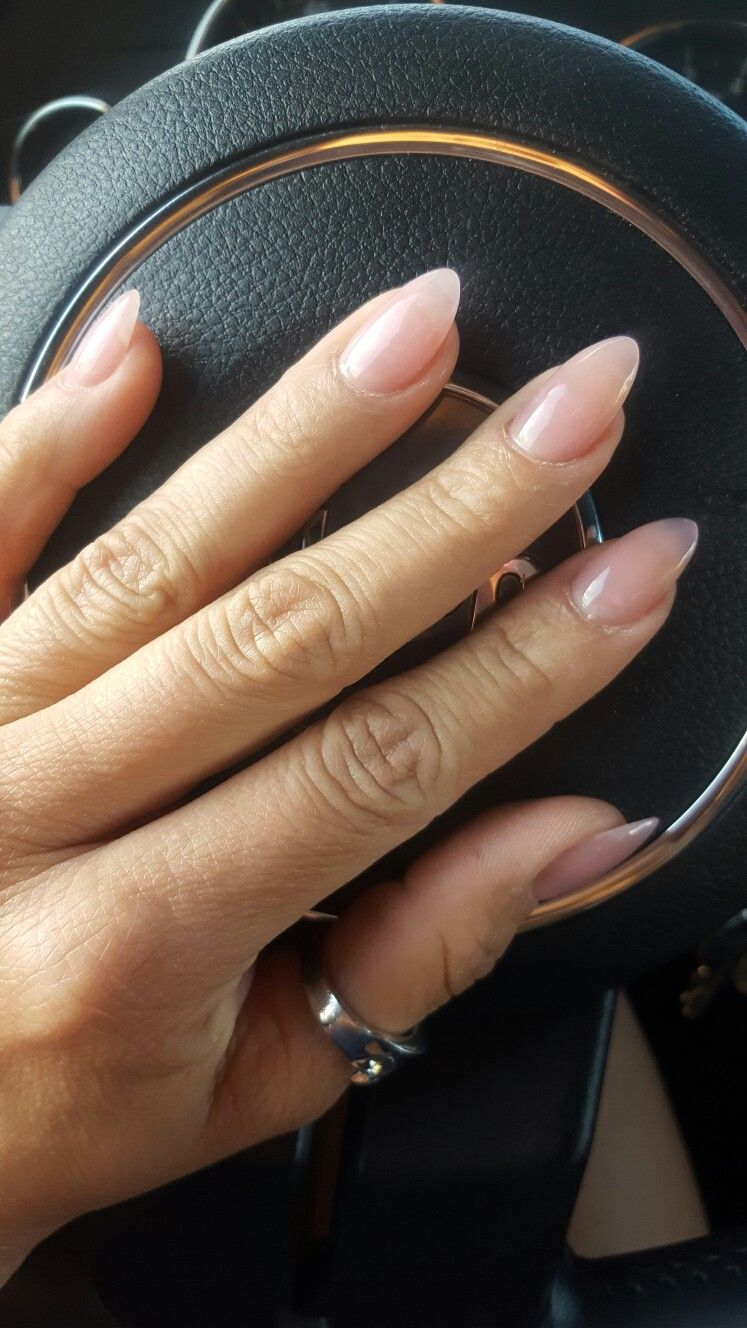 Almond Nails On Point Faded Nails Oval Acrylic Nails Short Almond Nails