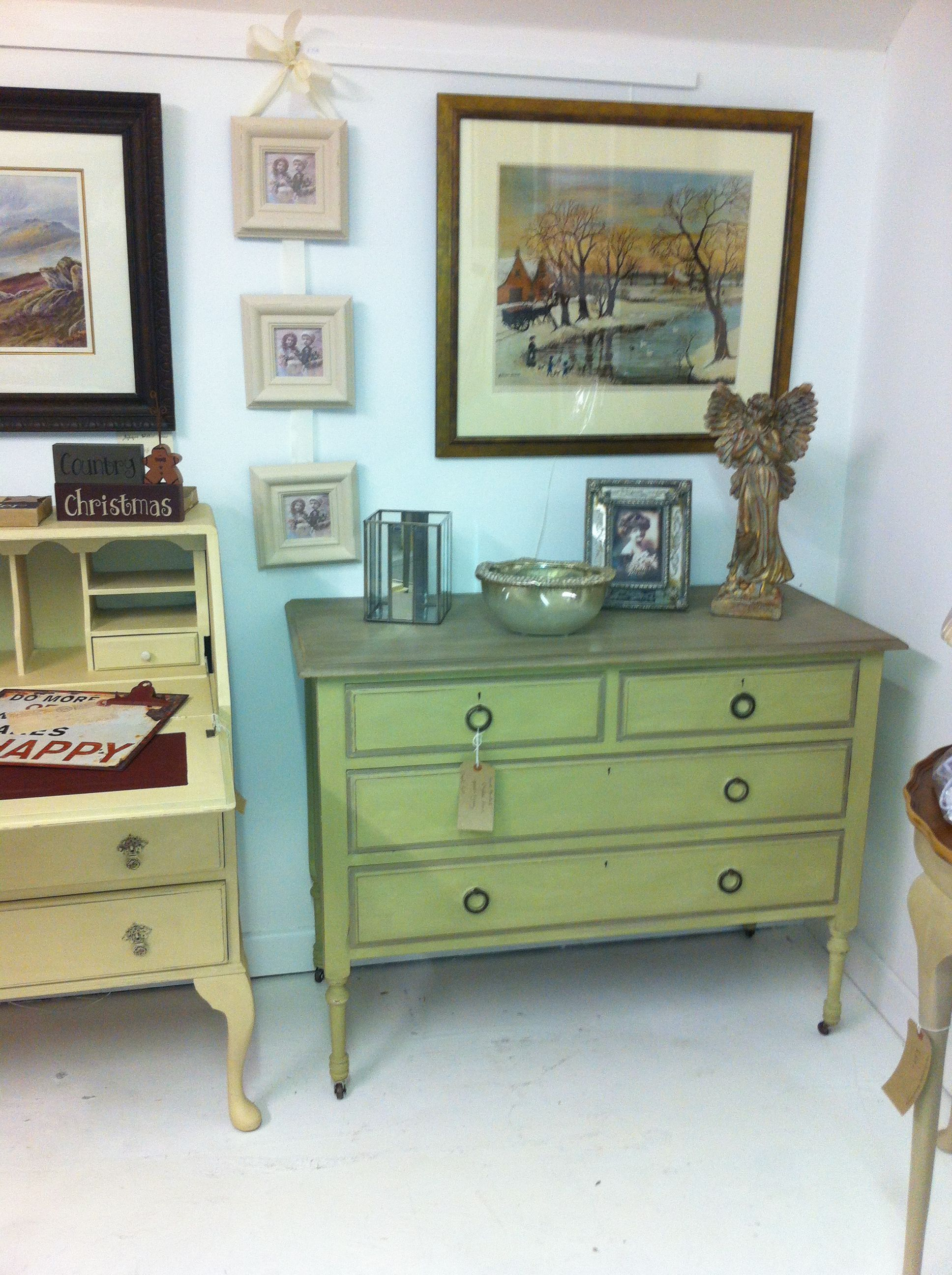 Old Fashioned chest of drawers Furniture, Home decor