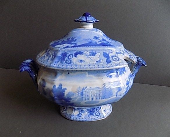 ANTIQUE BLUE AND WHITE SAUCE TUREEN