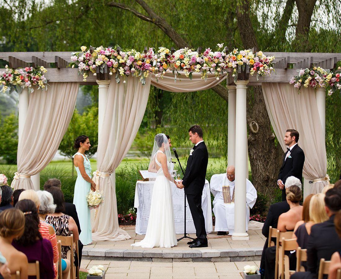 Turf Valley Wedding Partyspace Https Partyspace Com Baltimore Venue Turf Valley Baltimore Baltimore Wedding Wedding Wedding Pergola Outdoor Wedding Venues