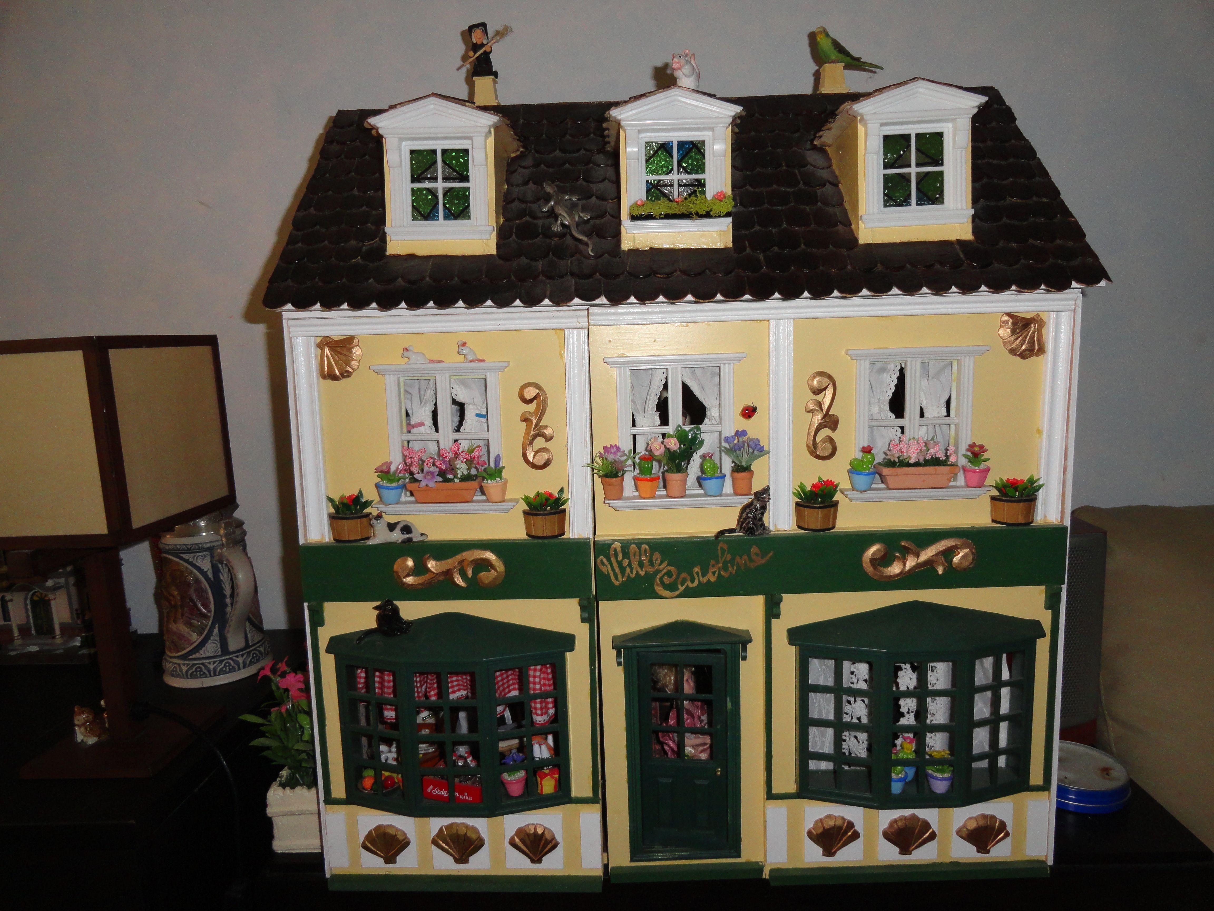 Mi primera casita de muñecas - Villa Carolina