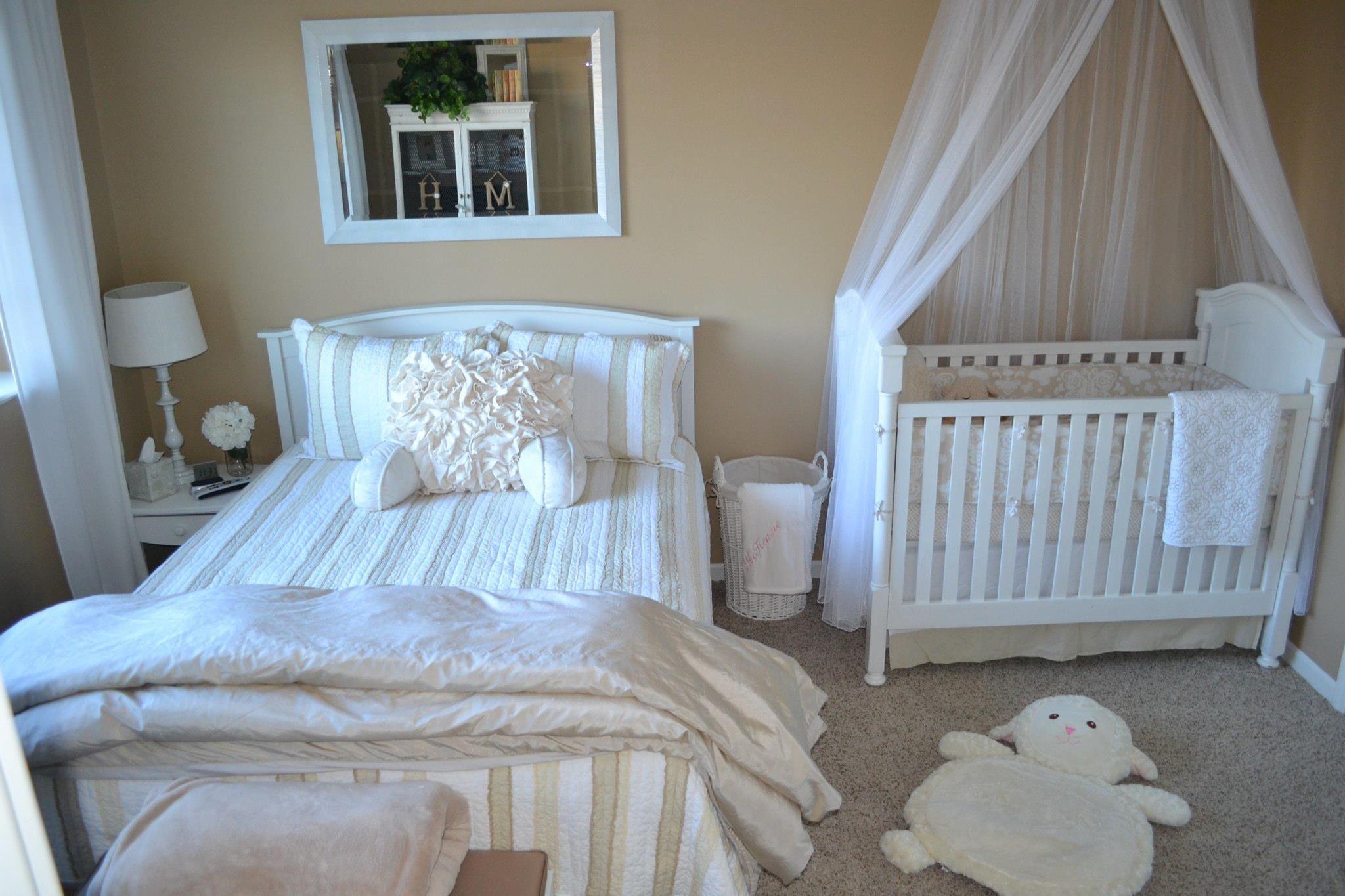 16 Ideas De Cuartos Compartidos Padres E Hijos Cuarto De Bebe Cuarto Compartido Dormitorios