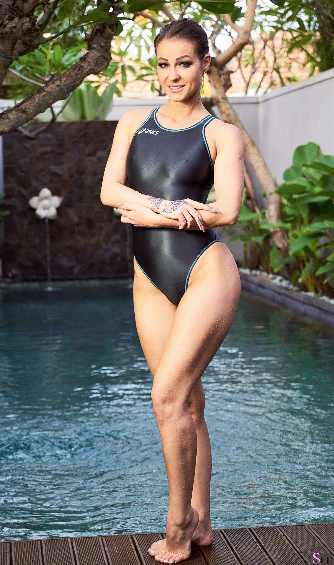 Melissa Mendiny Wetsuit, Bikini Beach, Most Beautiful Women, Swimsuits,  Volcanoes, Swimsuit 20aabc038e
