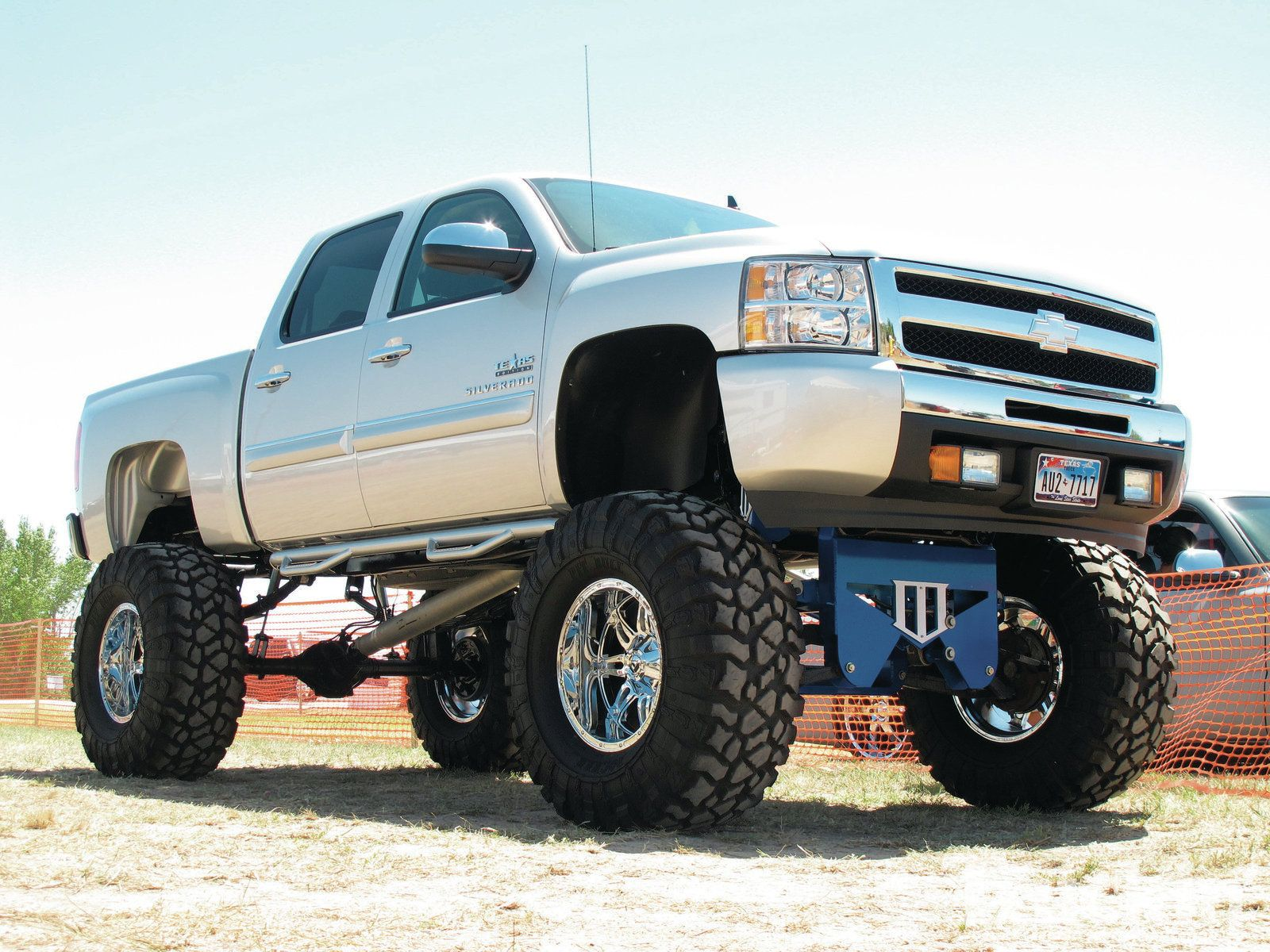 Cool trucks on pinterest diesel trucks dodge rams and - Lifted ford trucks wallpapers ...