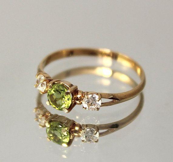 Peridot ring, Promise ring, 3 stone ring, Art deco ring ...