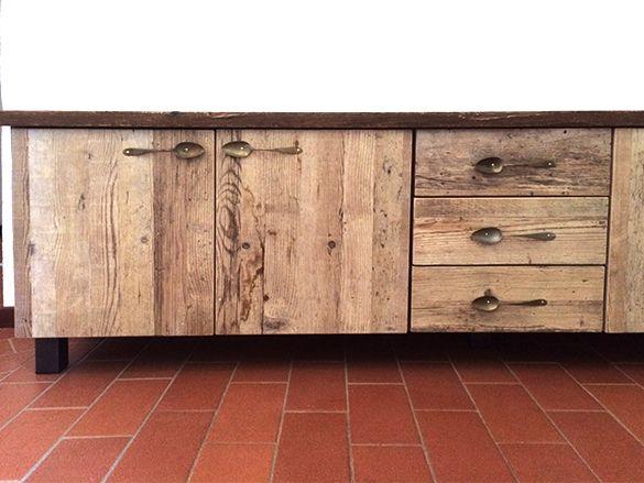 Arredamento recupero ~ Recupero e restyling di un comodino primi mobili shabby