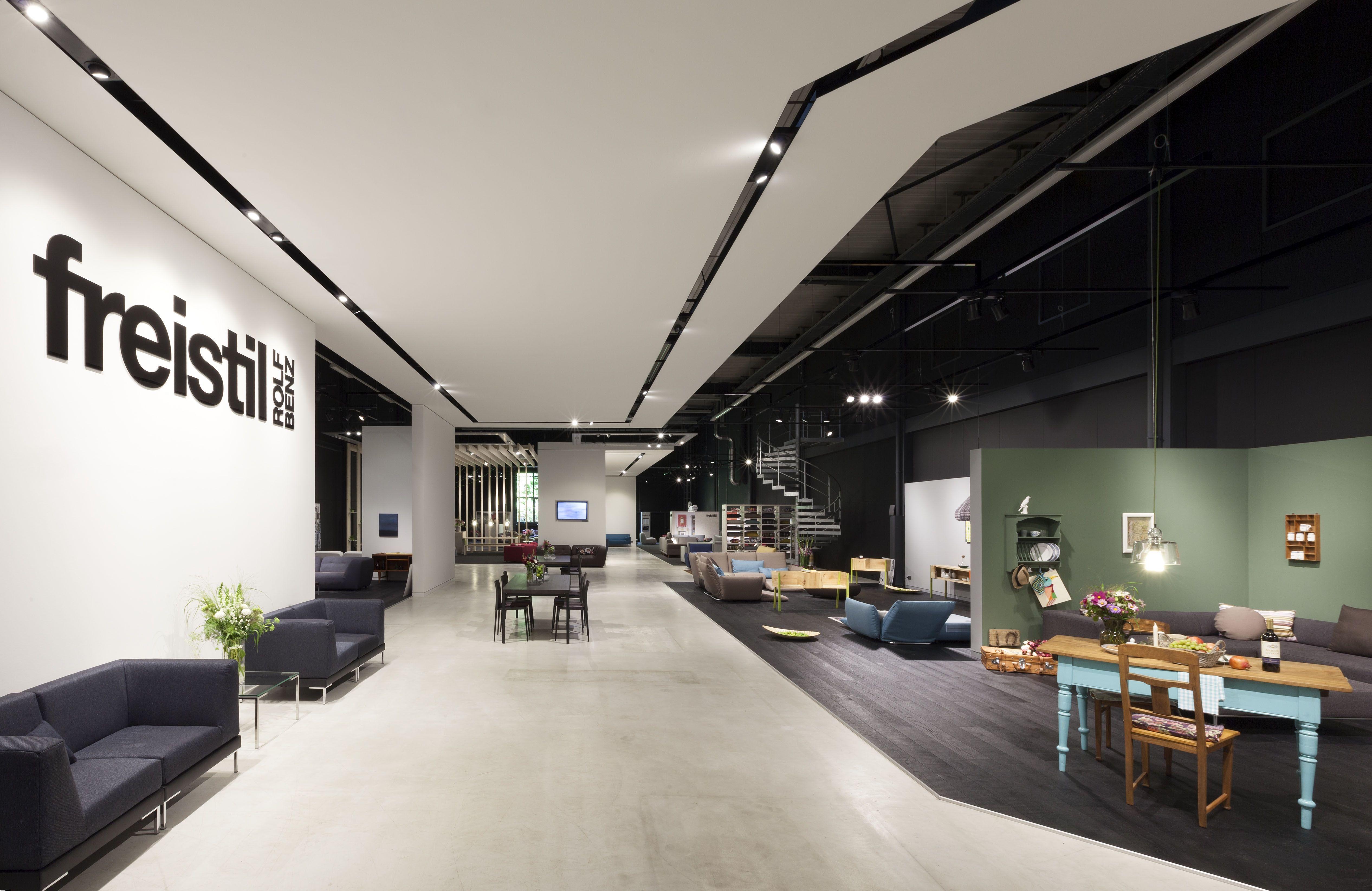 Layering Interior Design Google 搜尋 Showroom Design Lighting