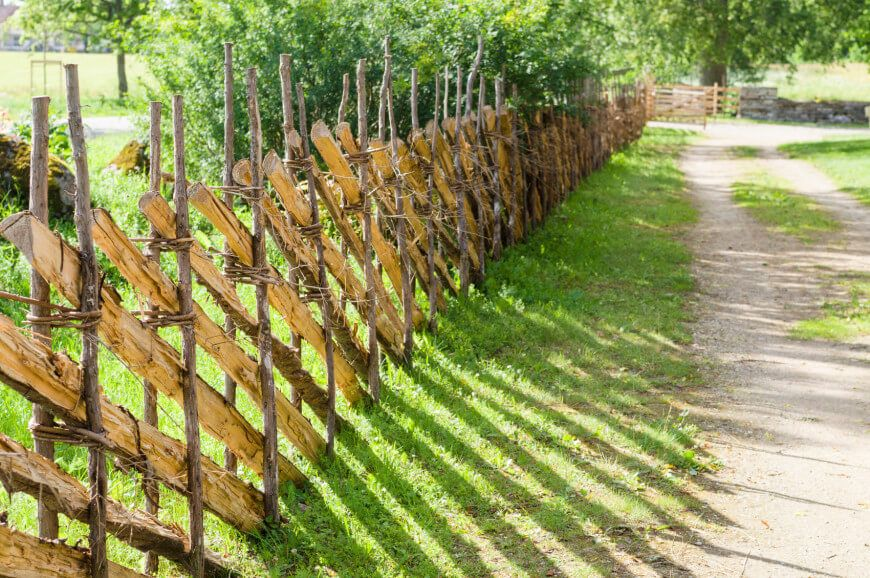35 Awesome Wooden Fence Ideas For Residential Homes Fence